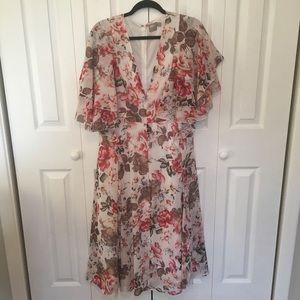 Flutter sleeve floral dress